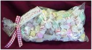 Picture of bag of 1 pound mixed taffy
